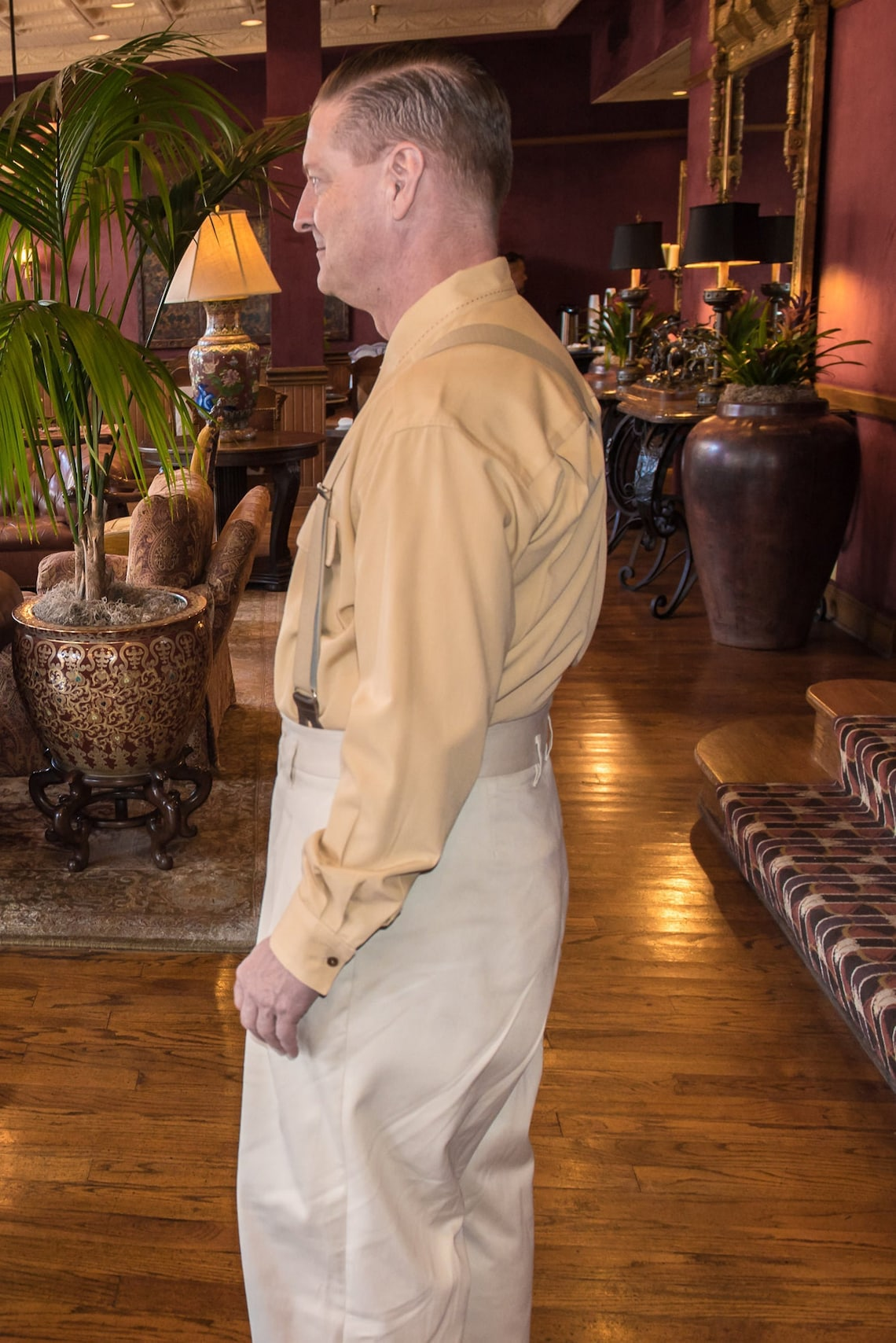 1920s Men's Pants History: Oxford Bags, Plus Four Knickers, Overalls Swing Trousers  AT vintagedancer.com