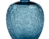 Vase Lalique. Famous Achantes . Beautiful