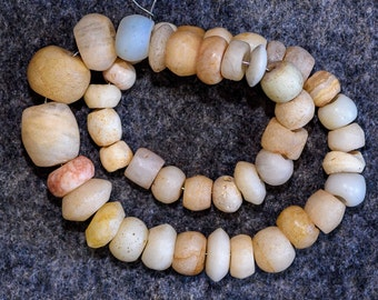 China Ancient unique Pure Natural weathering 6 edge Beads old agate necklace