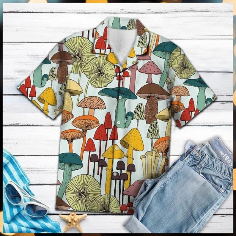 Mushroom Tropical Hawaiian Shirt - Short-Sleeve Hawaiian Aloha Shirt - Hawaii Style - Unique Gift Ideas - Meaningful Birthday Presents Sweatshirt