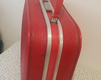 Retro vanity suitcase