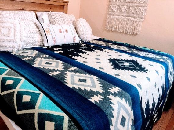 King Size Alpaca Blanket - Southwestern style blanket- Native style Blanket Boho blanket - REVERSIBLE