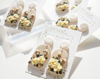 Handmade polymer clay earrings bee earrings cute earrings animal earrings flower ear clips
