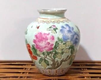 Vintage Macau Porcelain Enamel Hand Painted Urn  Vase with lid with wooden base