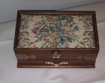 Beautiful Tapestry Jewelry Box