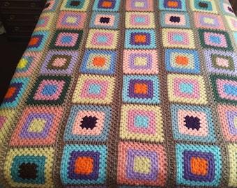 Rug Blanket handmade crochet crochet. Granny Squares, very retro and vintage