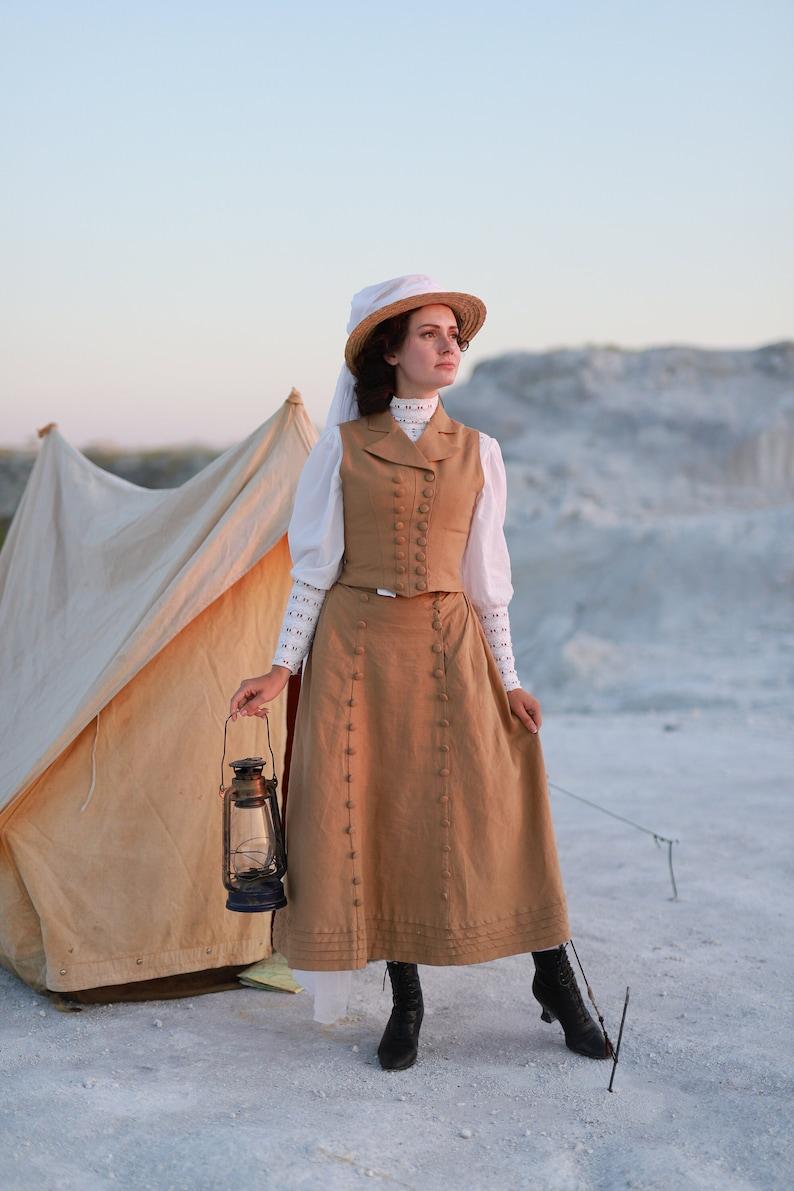 Edwardian Outfit Inspiration & Ideas     Traveling set - skirt Beatrix
