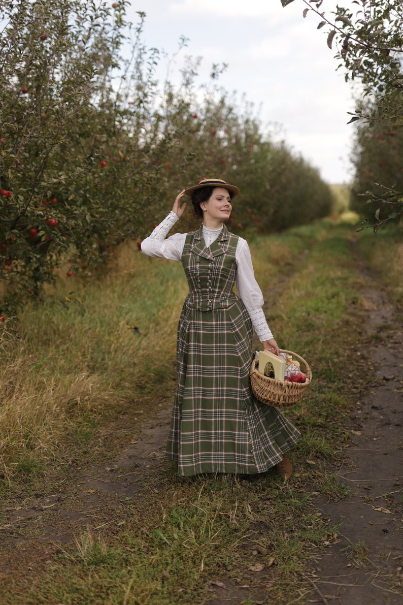 Edwardian Outfit Inspiration & Ideas     Working set - skirt Anne