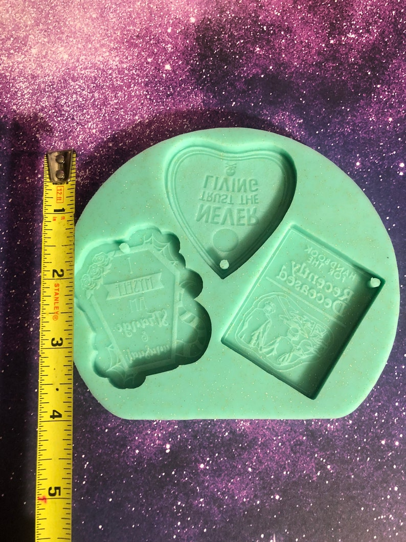 Beetle juice keychain resin mold