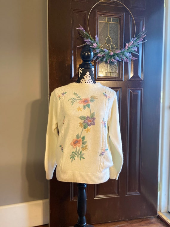 COTTAGE CORE Vintage Floral Embroidery Sweater