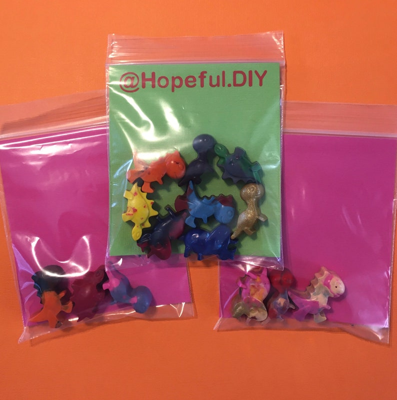 Toddler Crayons Set of 8 Jurassic Theme Dinosaur Crayons