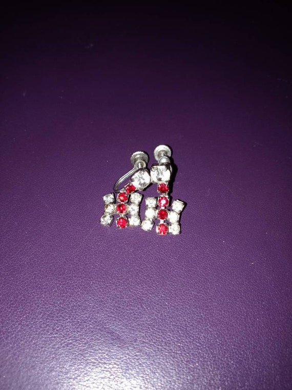 Sparkly art deco screw on earrings