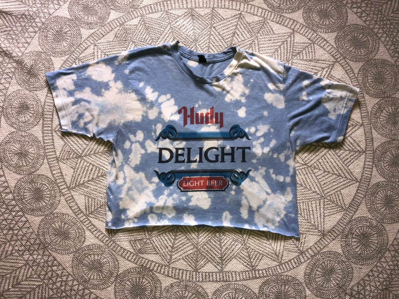 Hudy Delight Bleach-dyed Crop Top