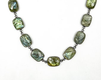 CHNROOM-04 ONE FOOT Mystic Labradorite with Black Polish Sterling Silver Bezel Station Connector Chain-