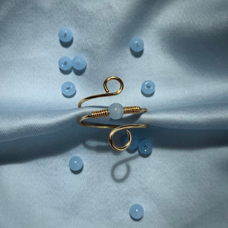 Adjustable Handmade Jewelry Gold Two-Band Wire Ring with Pale Blue Center Bead
