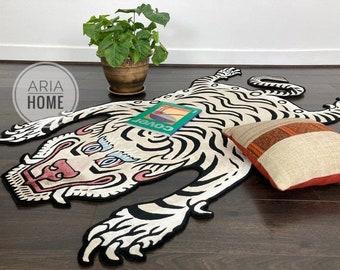 Hand tufted kids rug tibetan Nepal Animal Tiger beige rug designer rug woolen carpet area rug 2x3 3x5 4X6 5X8 kids room rug Bedroom Rug