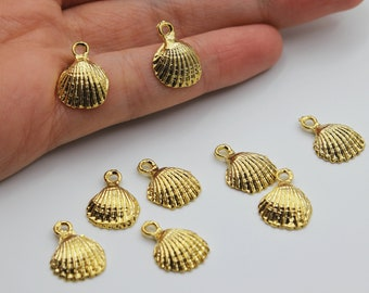 beach conch with pearl seashell clam oyster Gold Shell Shape with Pearl pendant necklace 18K Gold Plated over 925 Silver Mussel Charm