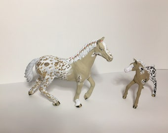 Repainted schleich mare and foal blanket appaloosa