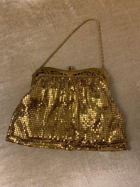 1940s Whiting & Davis gold mesh evening bag