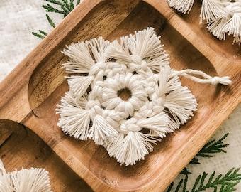 Snowflake Christmas Ornament Decoration - Macrame Boho Ornament, Christmas Decoration, Tree Decoration, Stocking Stuffer, Gift Topper, Star