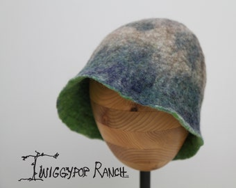 Oatmeal and green hand felted wool hat