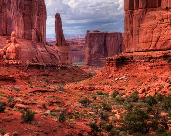 Digital Download Wall Art Photography.  Arches National Monument near Moab, Utah. Scenic view. You Print.
