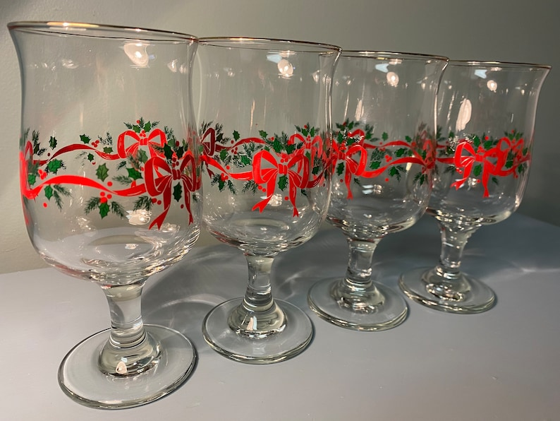 Handled Glass Vintage Libbey Wine Glasses Gold Rim Christmas Holly Red Ribbon Bows
