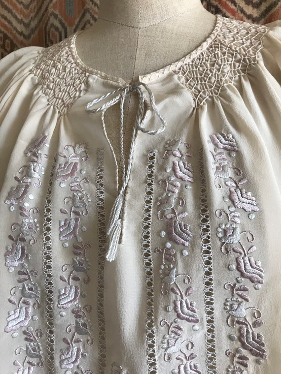 Vintage 1930s style Silk Embroidered Hungarian Pe… - image 7