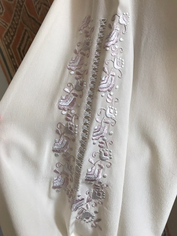 Vintage 1930s style Silk Embroidered Hungarian Pe… - image 9