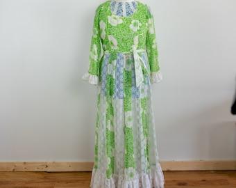 vintage 70s gunne sax high neck deep v zip back tie back white prairie dress