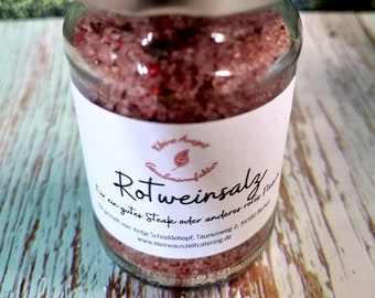 Red wine salt with pink pepperberries