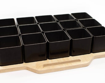 Customisable storage tray