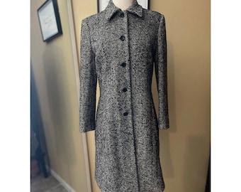 VINTAGE Herringbone coat size 4
