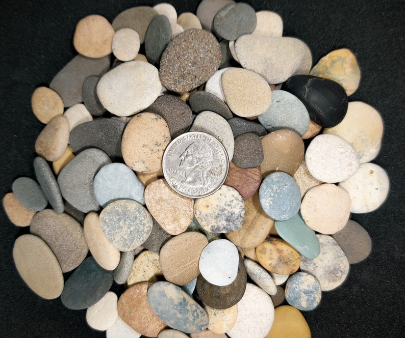 lot 50-150 Pieces Small Colorful Beach Pebbles Mix in Bulk 14-24 Flat Beach Stones