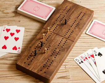 Walnut Cribbage Board, Magnetic Closure, Ideal for Travel