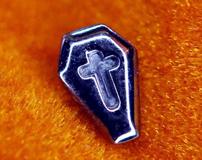 Implant Grade Internally Threaded Titanium Coffin Shaped end
