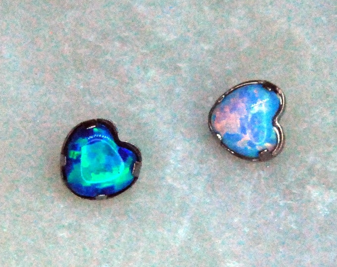 Internally Threaded Titanium Opal Heart attachments, Body Jewellery. Colour Options 16ga, 1.2mm