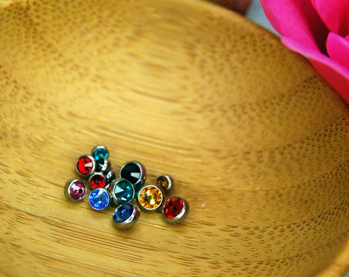 Internally Threaded Bezel Set CZ Gem Ends - Various Sizes and Colours Available  -- 16ga / 1.2mm