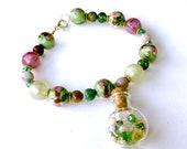 Cloisonné bracelet - pretty Chinese glass bead bracelet with good luck charm