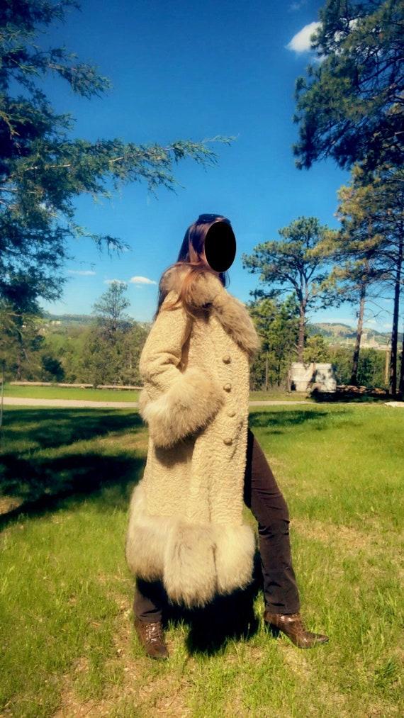 Vintage Dorthea Agatha tan Afghan fur (lamb and co