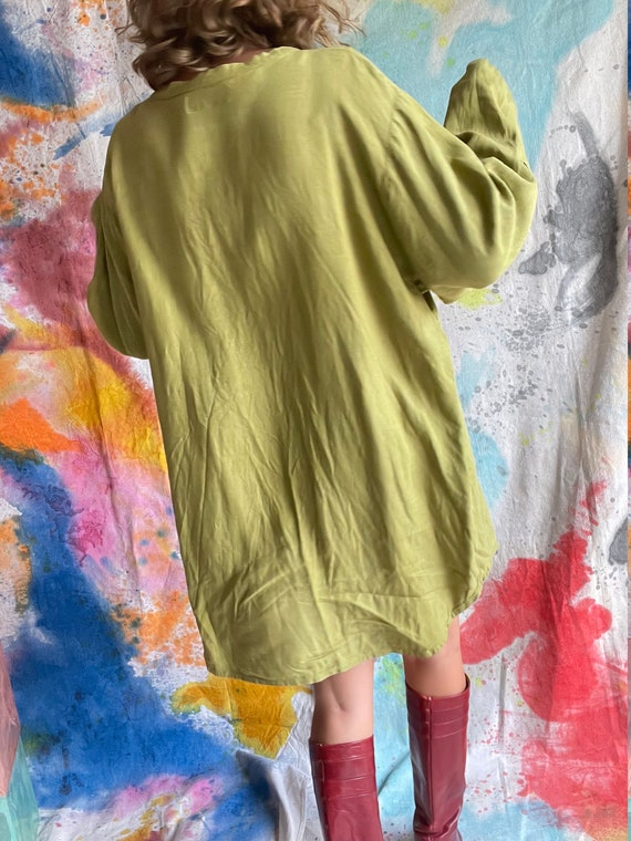 1990s Flax Linen Chartreuse Button Up Long Sleeve… - image 3