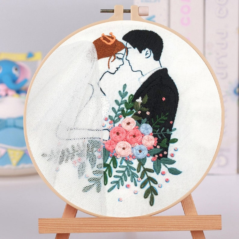 Modern Embroidery Handmade Embroidery Pre Print Fabric Lovers Gift B Lovers Embroidery Husband and Wife Embroidery Kit