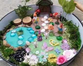 Gift for Kids Loose Parts Imaginative Play Bin Sensory Toys Mini Play Dough Kit Spring Garden