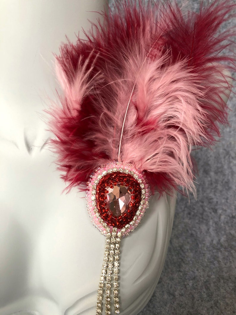 Beautiful gift for your loved feathers brooches Pendant on a beautiful design dress with feathers