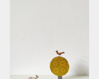 On the top of tree Brooch 2 - Yello/Gold/Black