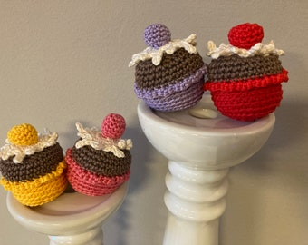 Cupcakes crocheted, candy for the shop