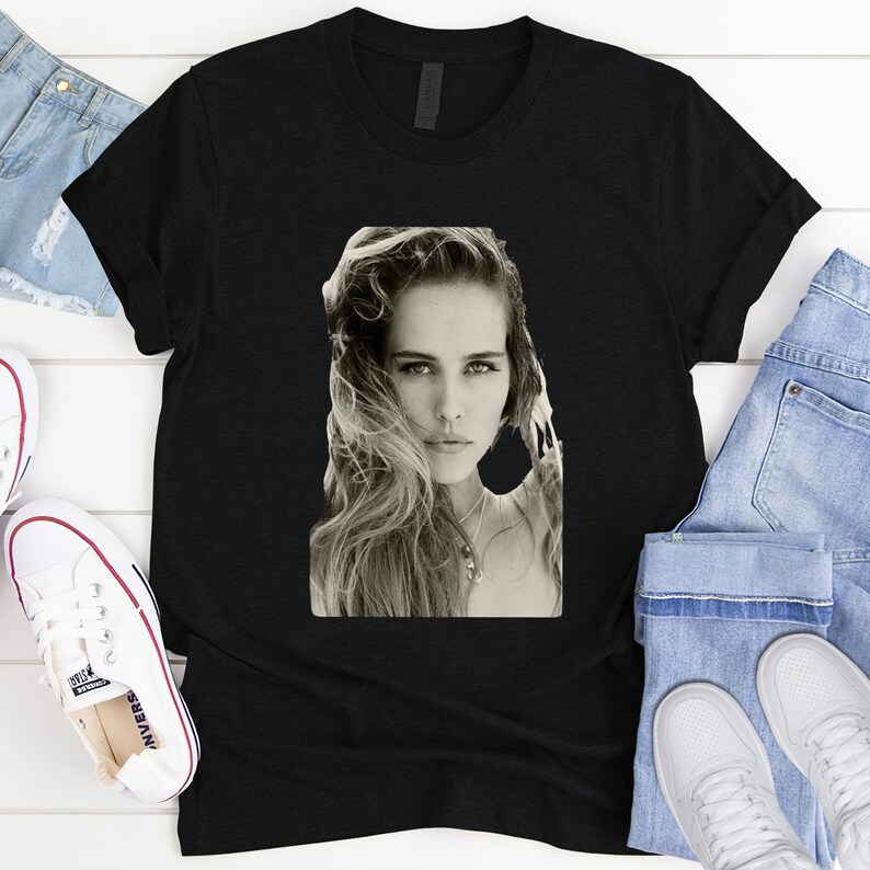 Birthday Gift Unisex Tshirt Isabel Lucas Shirt Crew Neck Gift For Girlfriend Screen Print Shirt Gift For Her