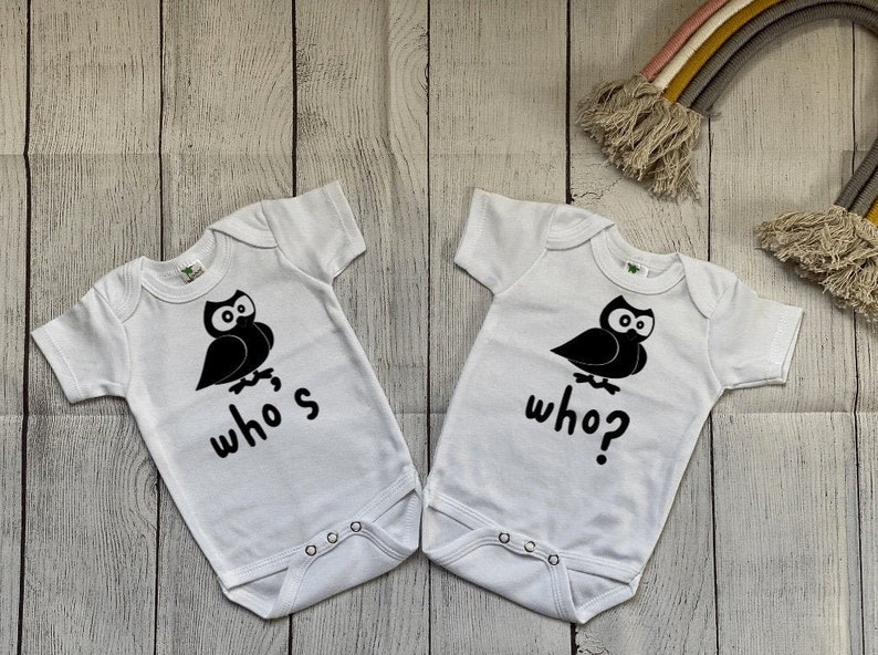 Funny Twins Bodysuits Twins Baby Shower Gift Twins Bodysuits Who/'s Who? Twins Bodysuits