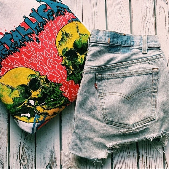 VINTAGE LEVI'S 501 Button Fly Denim Jean Shorts