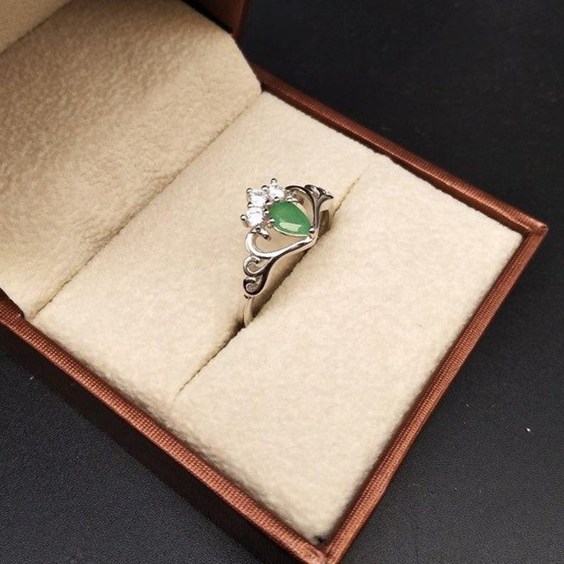 Natural Emerald Ring Gemstone Ring 925 Sterling Silver Ring Crown Ring,Birthstone Ring,Emerald Silver Ring,Promise Ring,Rings for Women.